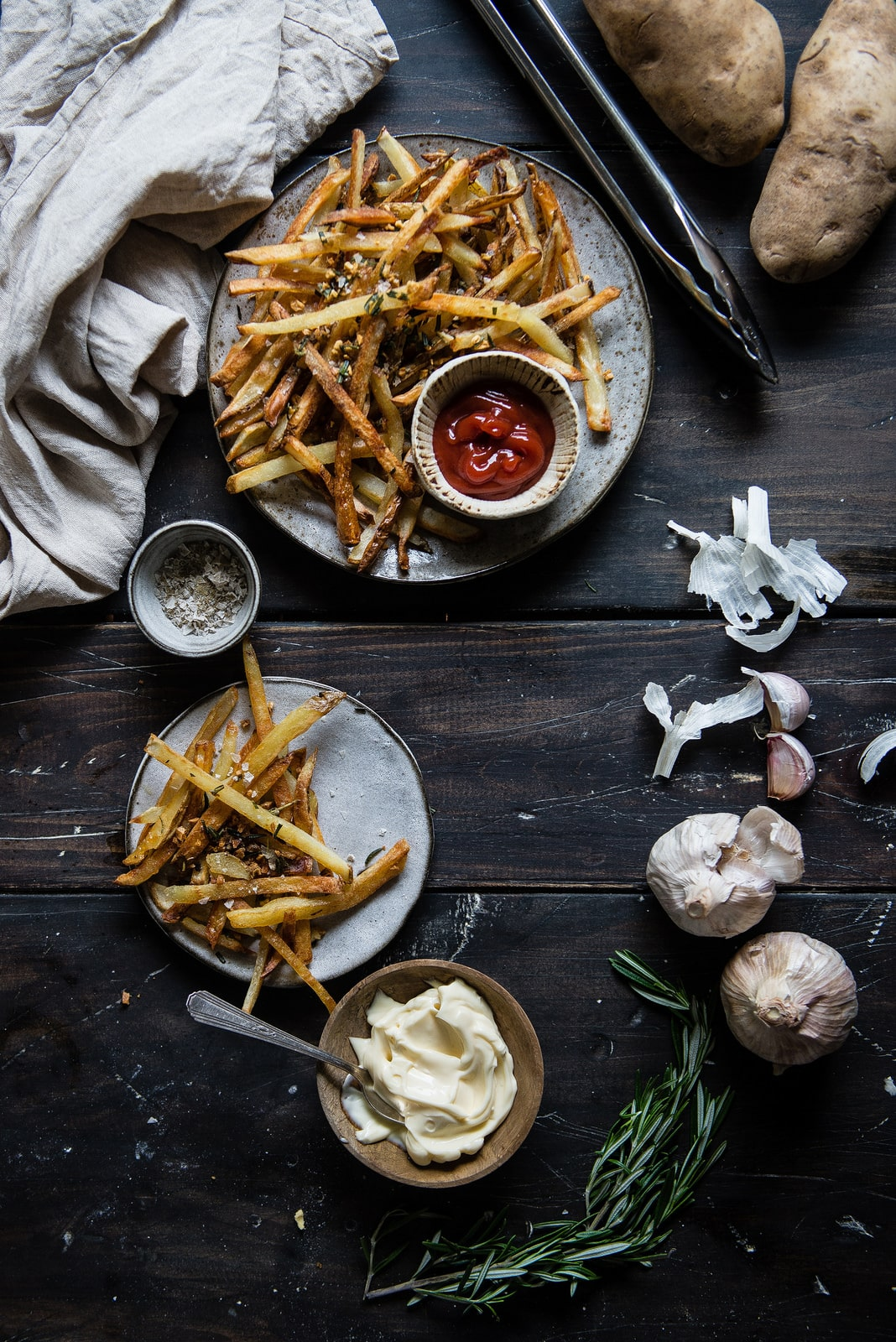 Crispiest Oven Fries, with Rosemary & Garlic | Two Red Bowls. Covetboard Artisan Lifestyle